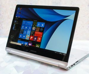 Specification of ASUS ZenBook Flip UX360CA rival: Samsung Notebook 7 Spin 15-inch, 16GB RAM.