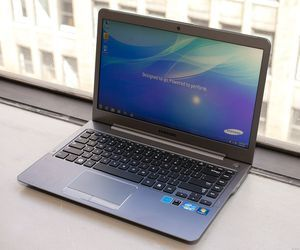 Specification of ASUS K450CA-BH21T rival: Samsung Series 5 Ultrabook 530U4BI.