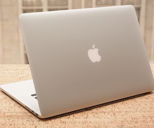Specification of Apple MacBook Pro with Retina Display rival: Apple MacBook Pro 15-inch, 2015.