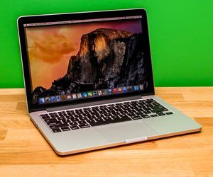 Apple MacBook Pro with Retina display 2015 13-inch, 128GB