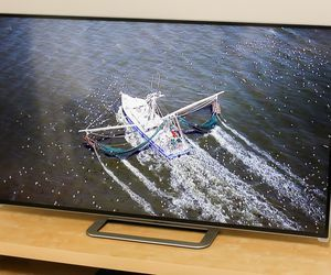 Specification of Samsung UN65F7100 rival: Vizio M702i-B3.
